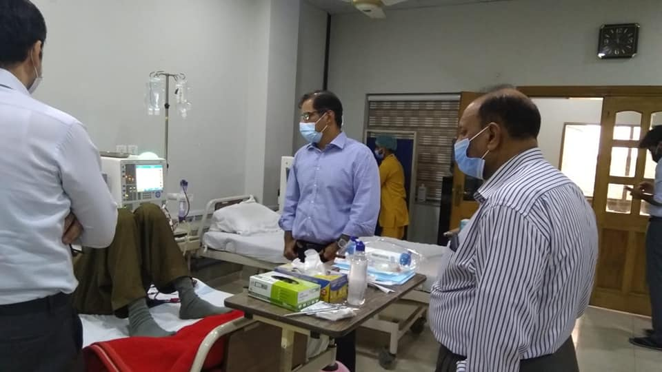 Visit of Ch Umer Saeed ( CEO OF SERVICE GROUPS )at Kidney Center Gujrat